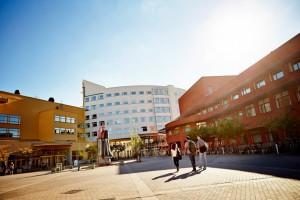 jonkopings-university-outdoor-870x579