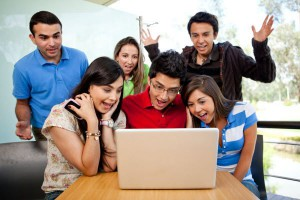 tineri-laptop
